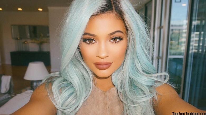 pastel-powder-blue-hair