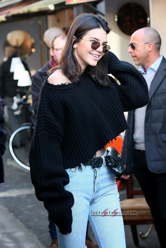 Kendall-Jenner-Jeans-Fishnet-Tights-Paris-Jan-2017 (4)