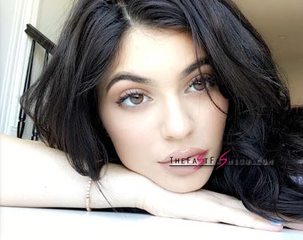 kylie-jenner-wearing-colored-contact-lenses-solotica-billionairebeauties-hidrocor-what-colour-483828_large