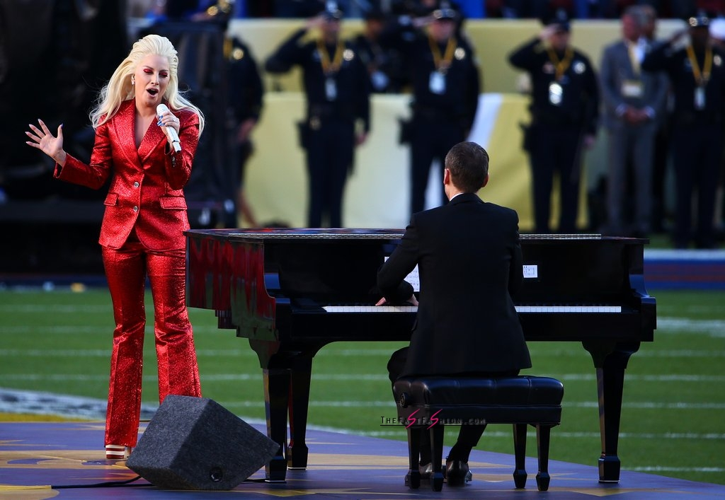 Lady-Gaga-Red-Gucci-Suit-Super-Bowl (3)