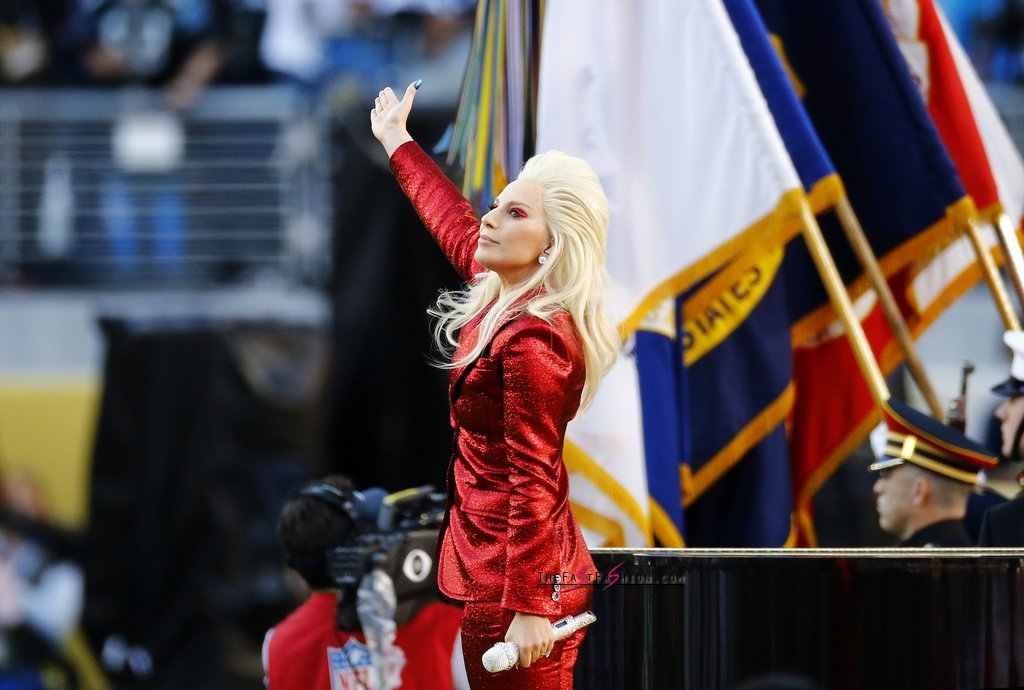 Lady-Gaga-Red-Gucci-Suit-Super-Bowl (4)