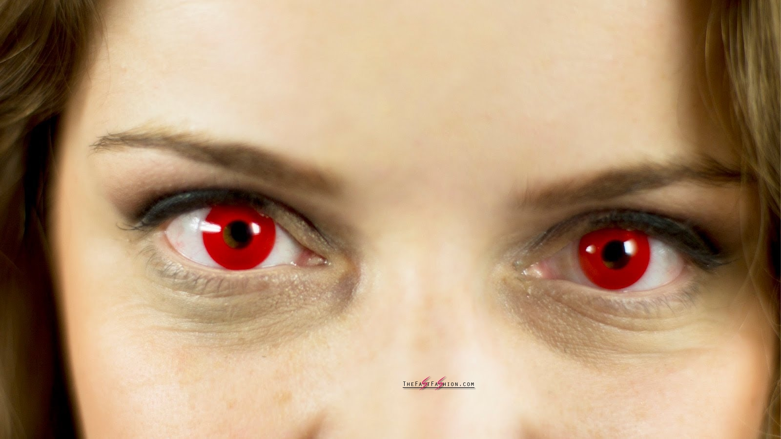 Red Halloween Colored Contacts For Your Halloween Costume ...