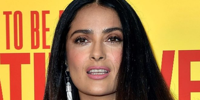 Salma Hayek Debuts Cotton Candy-Colored Hair at Cannes 2017