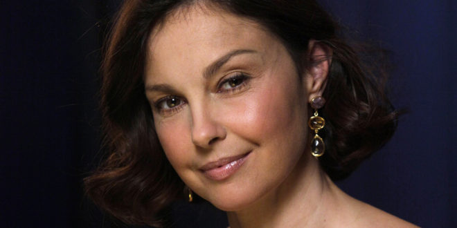 Ashley Judd: 15 Must-See Pictures On The Internet