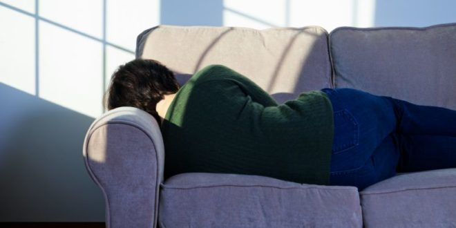 Being Sleepy During the Day Could Be a Warning Sign of Alzheimer's