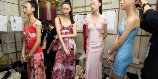 Karen Elson, Doutzen Kroes, Edie Campbell Among 100 Models Launching 'Respect' Program