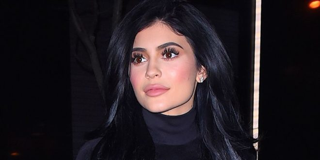 Why Kylie Jenner Decided to Stop Using Lip Fillers