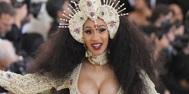 Cardi B's Makeup Artist Shared Her Foundation Beauty Routine