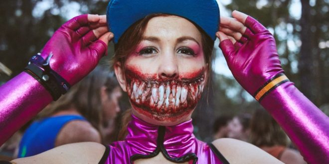 45 Incredible Halloween Beauty Street Styles