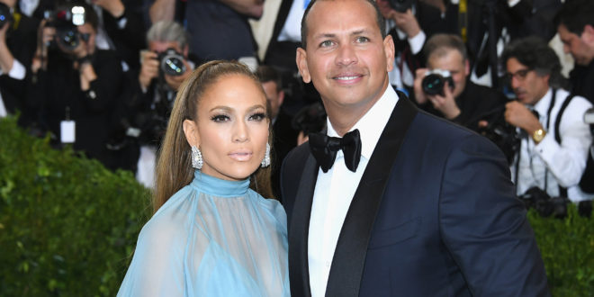 Jennifer Lopez shows off $100K Hermès Birkin