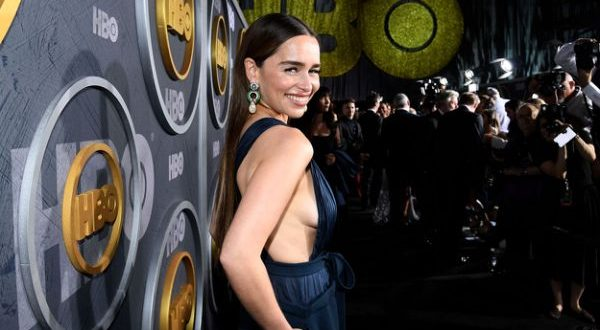 Emilia Clarke Says She Was Pressured To Do 'GoT' Nude Scenes