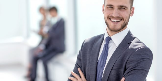 What Is Business Attire for Men: 7 Tips for Dressing for Success