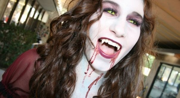20 Halloween Costumes That Are Terrifyingly Gorgeous